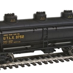 Walthers Mainline 36' 3-Dome Tank Car - Union Tank